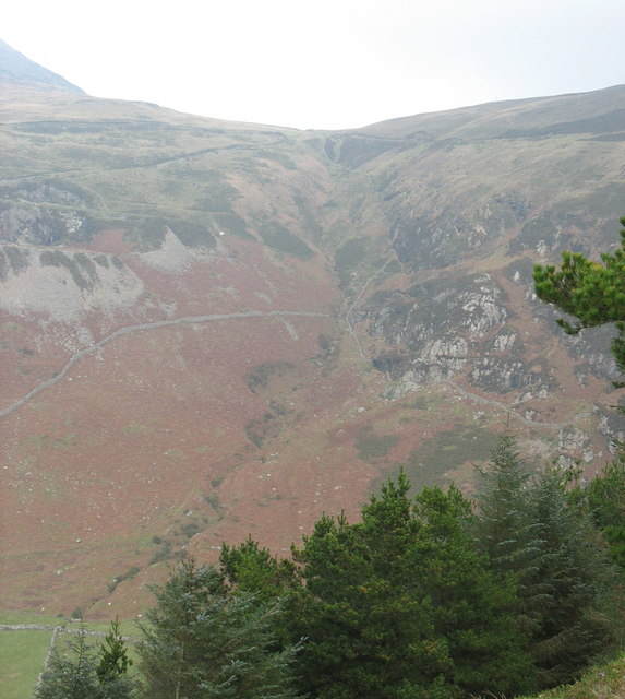 The tributary valley below the Bwlch yr Eifl col seen from the Benglog hill