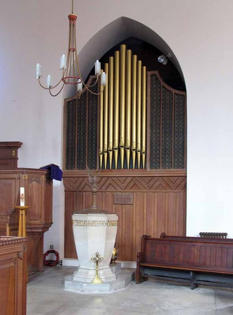 All Hallows, Devons Road, Bromley by Bow, London E3 - Font & organ