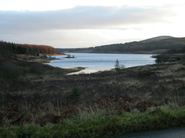 Clatteringshaws Loch from Pulran Burn