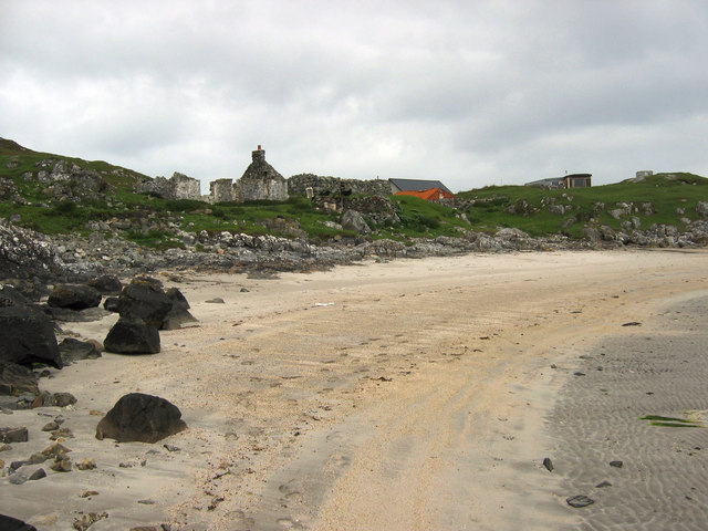 Ruined building at Sorisdale Bay