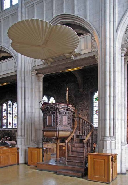 All Hallows by the Tower, Byward Street, London EC3 - Pulpit