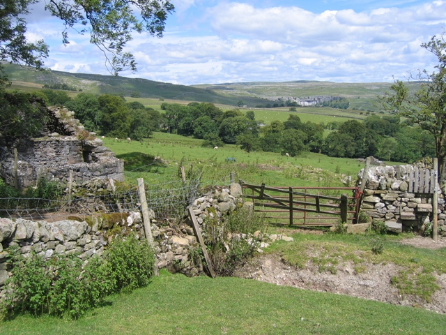 View to Malham Cove from Old Accraplatts
