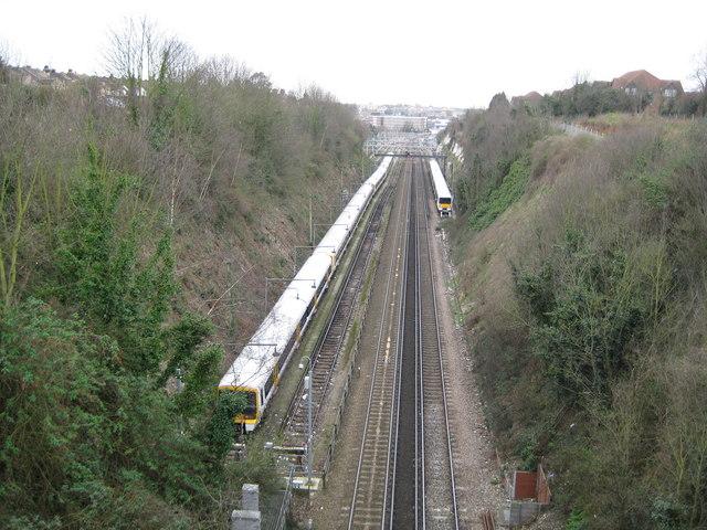 Dartford: Railway line from the St Vincents Road bridge (1)