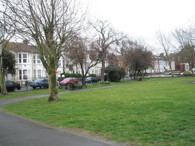 Park between Lowcay and Waverley Roads