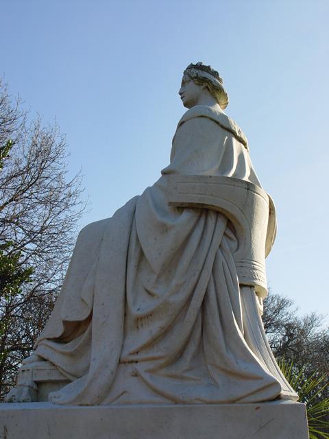 Statue of Queen Victoria, Pearson Park, Hull