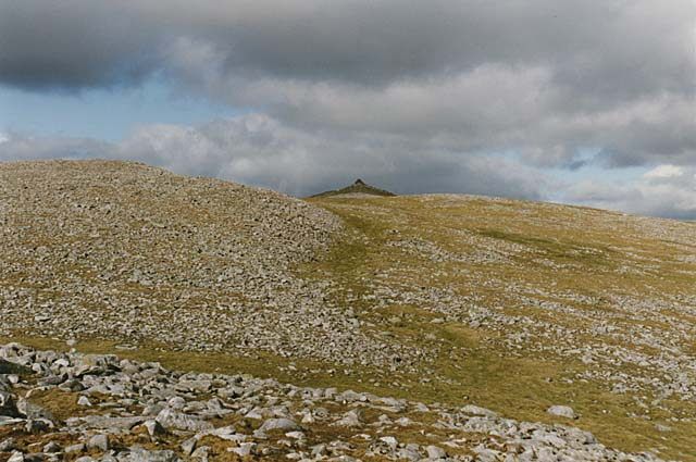 Western approach to the summit of Geal Charn