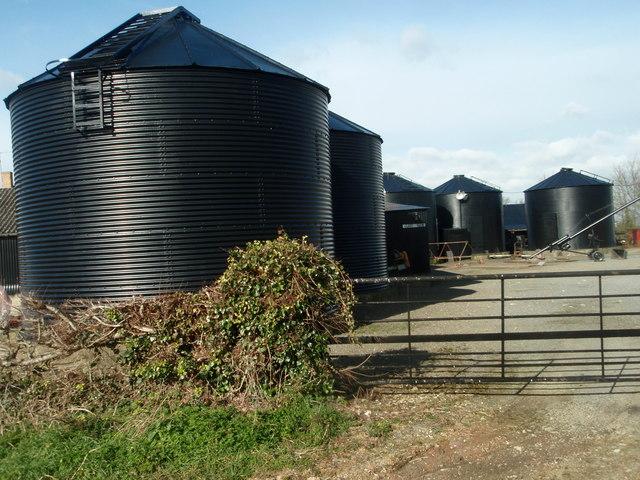 Grain Storage Bins, Glebe Farm, Thurning