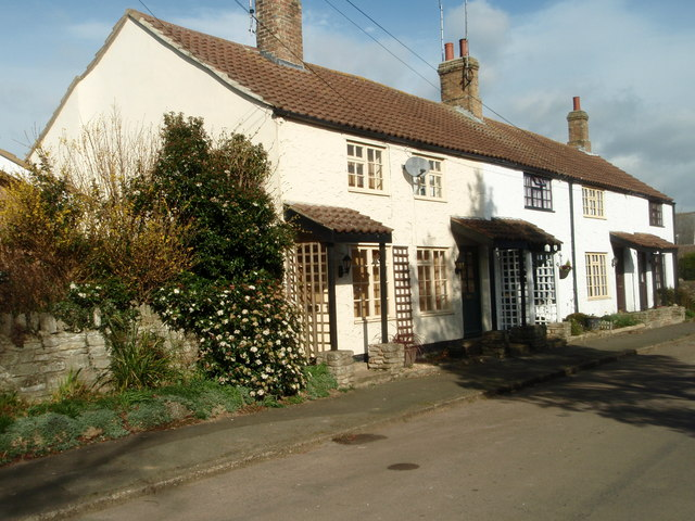 Cottages in Thurning