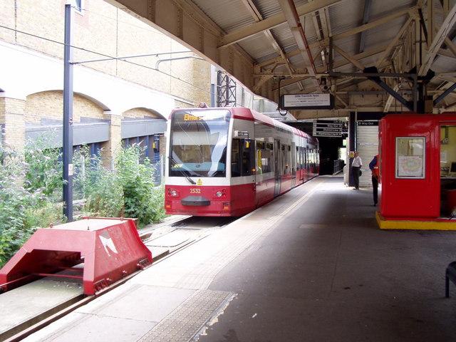 Wimbledon Tramlink station