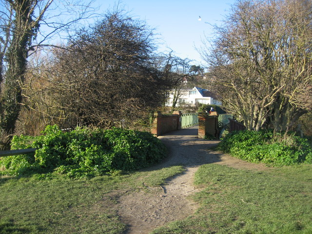 Footpath & footbridge