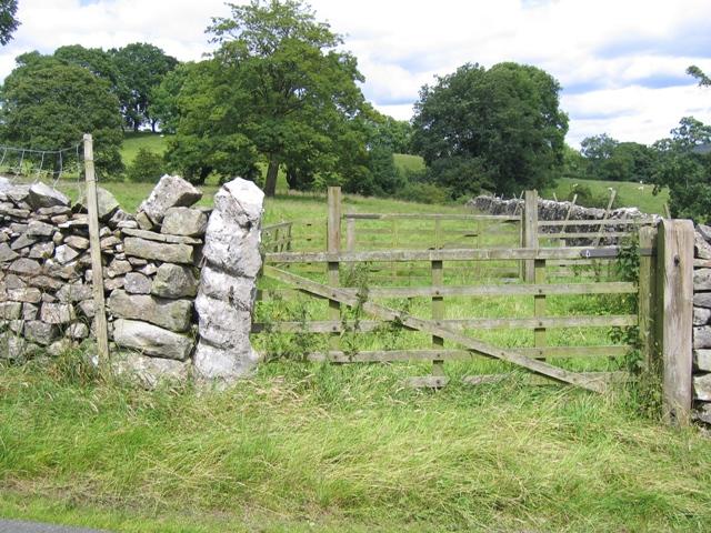 Field gate above Kirkby Malham