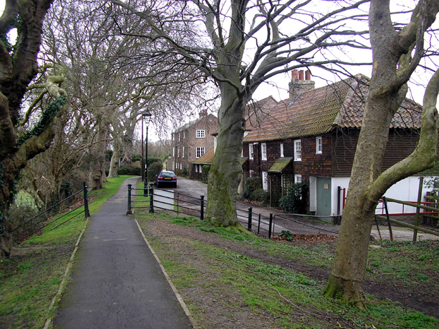 Cottages along The Butts, Sandwich