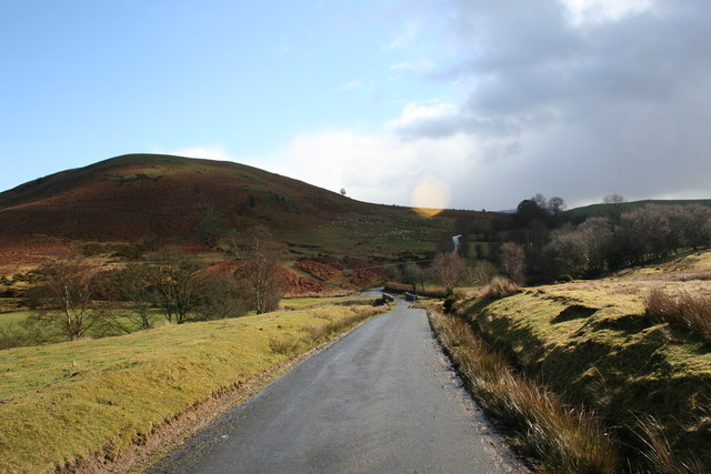 Road to The Cwm
