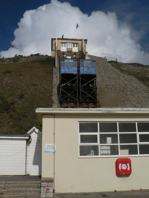 Southbourne: Fisherman's Cliff Lift