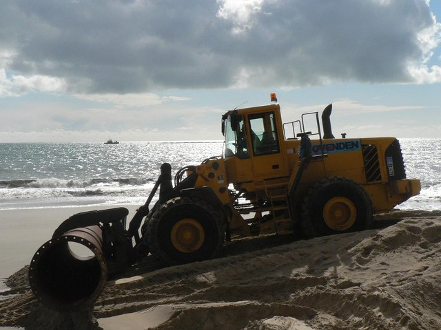 Southbourne beach replenishment: digger on makeshift ramp