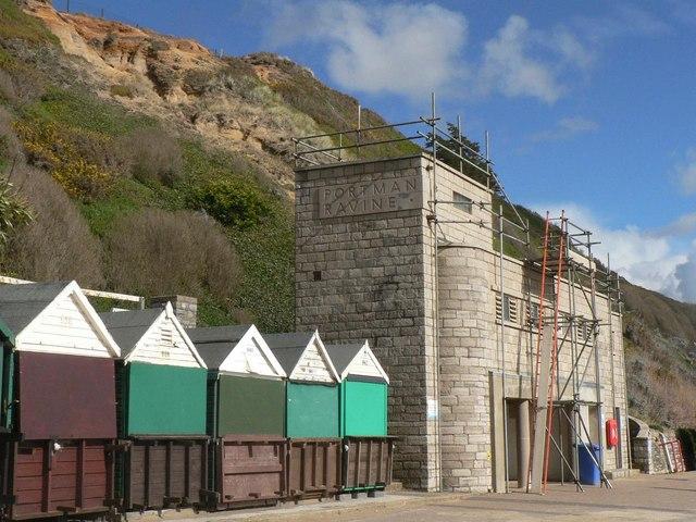 Southbourne: Portman Ravine toilets