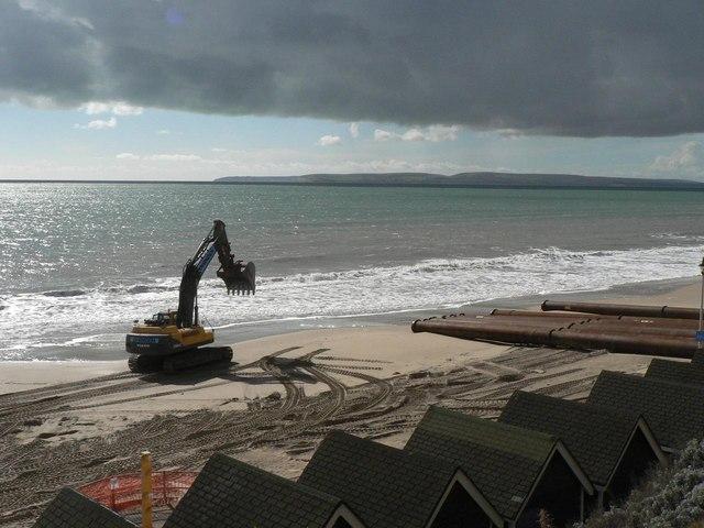 Southbourne beach replenishment: digger escaping