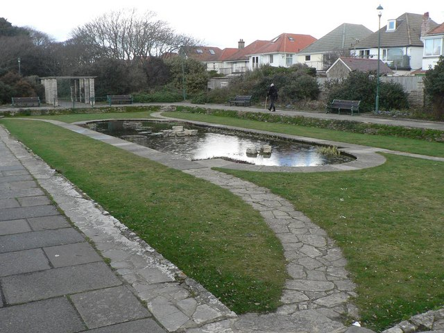 Southbourne: Fisherman's Walk pond