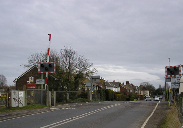 Level crossing,  Ash Road, Sandwich, Kent
