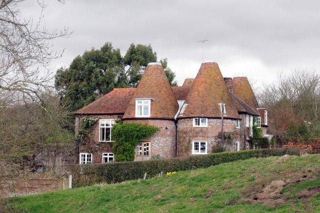 Hayes Farmhouse, Hayes Lane, Peasmarsh, East Sussex
