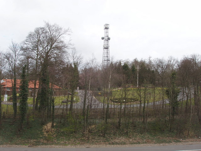 Radio mast at Daws Hill