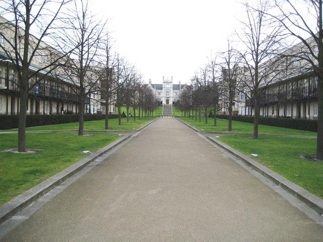 Greenhithe: Ingress Park