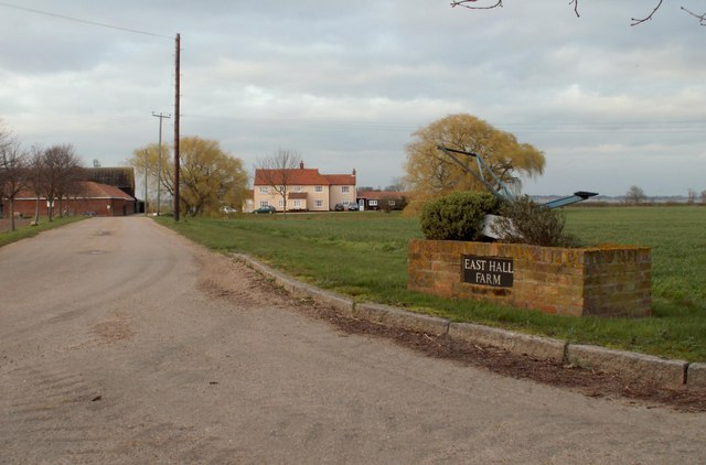 A view of East Hall Farm from Eastend Road