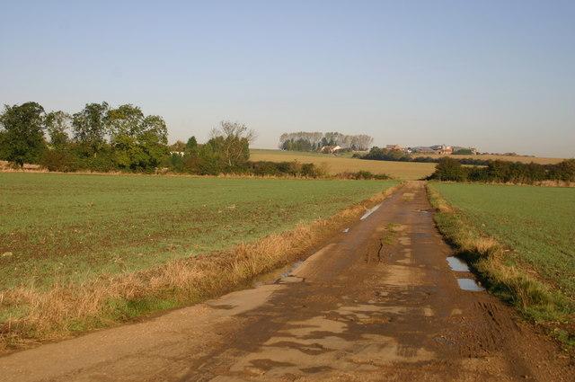Heading up towards Manor Farm