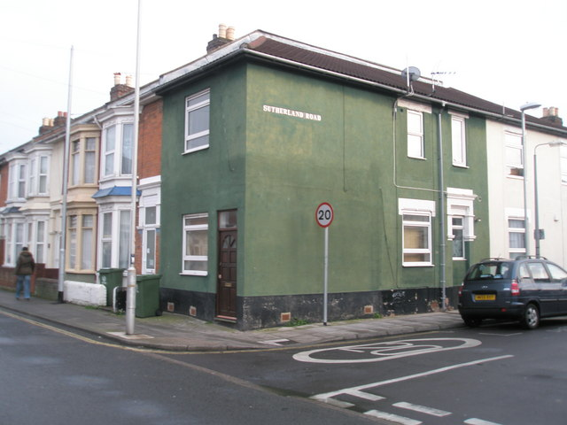 Dark green house at junction of Sutherland and Jessie Road
