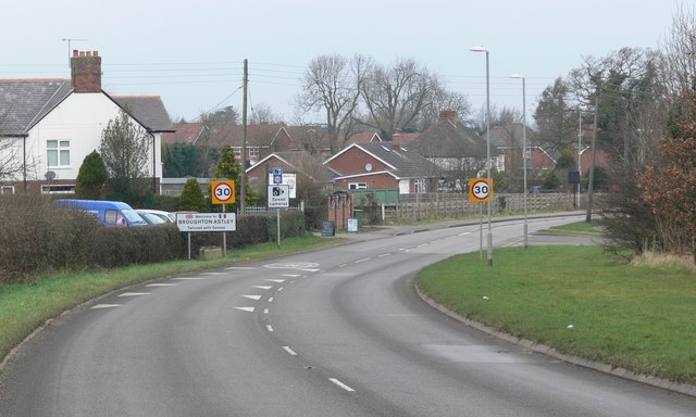 Dunton Road enters Broughton Astley