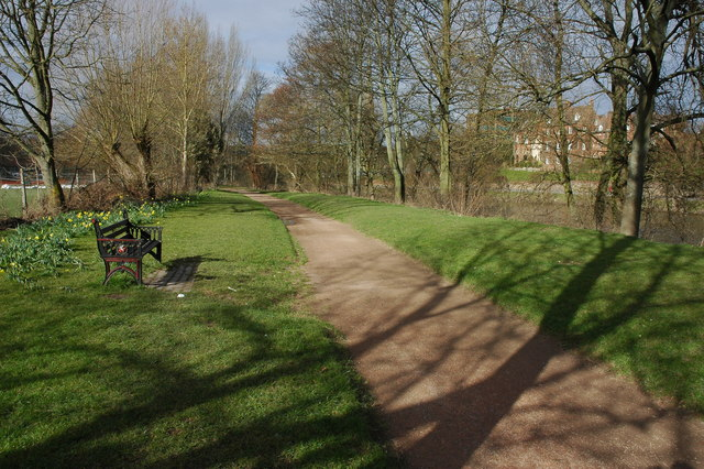 Riverside walk, Worcester