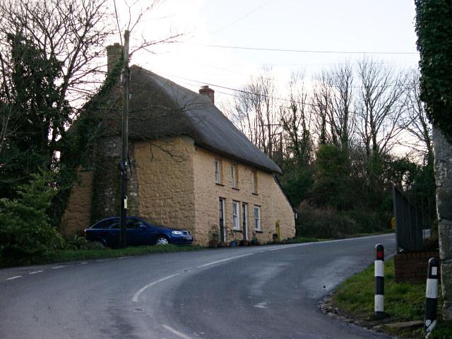 Roadside Cottage on Relubbus Hill