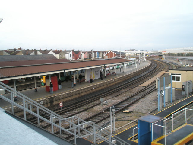 Down platforms at Fratton Station as  seen from the footbridge
