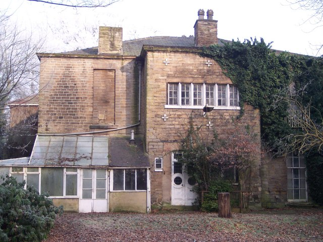 Front view of Lofthouse hall