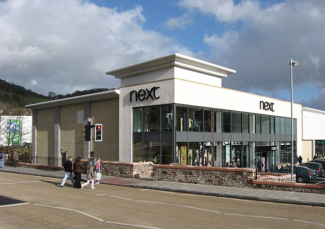 Next outlet in Gala Water Retail Park