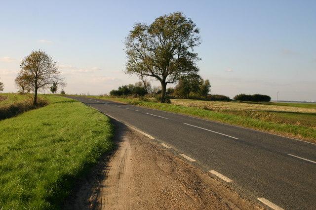 Road heading towards B1040