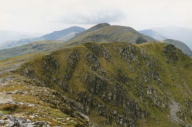 The ridge west of Spidean Mialach