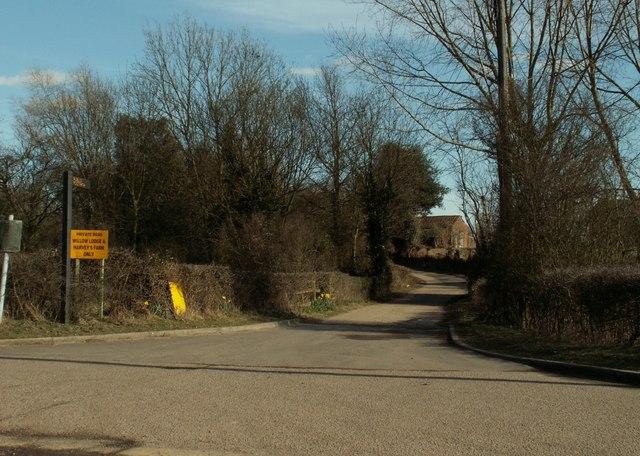 Road to Harveys Farm