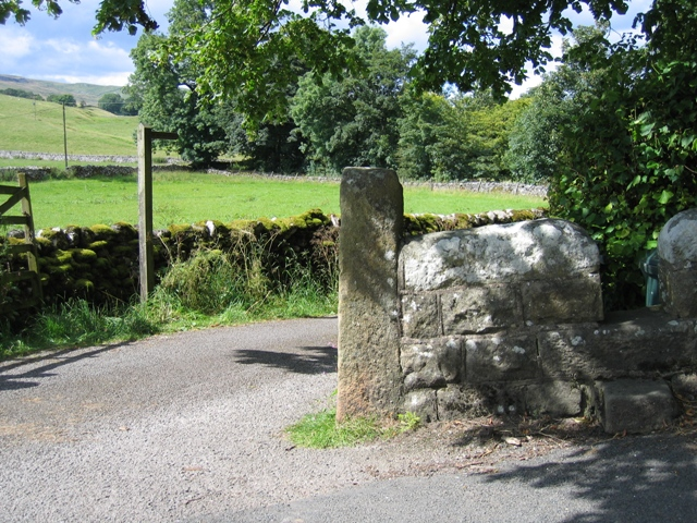 Footpath to Scalegill Mill and Malham