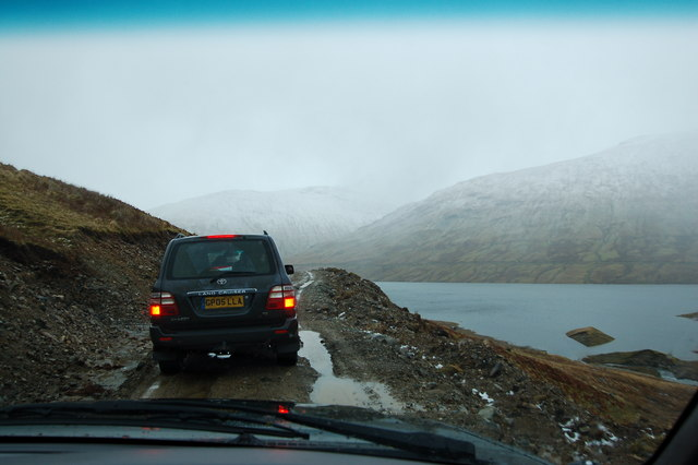 Auch estate: New access road on north side of Loch Lyon