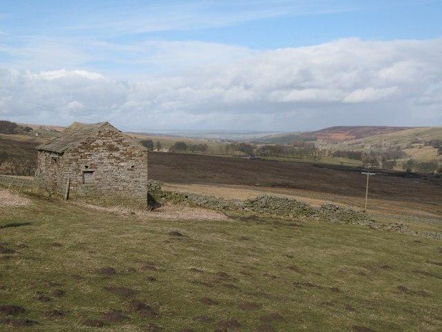 Stone barn near West End