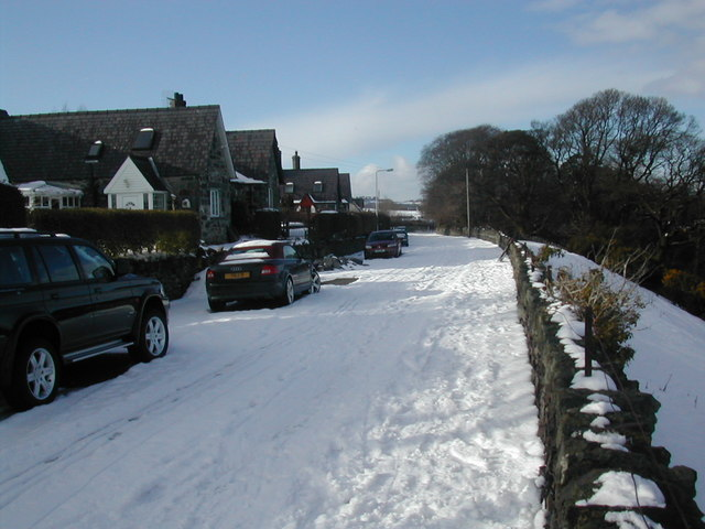old A5 at Tyddyn Iolyn, Half way Bridge
