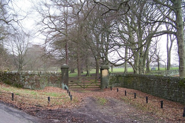 Gateway to Broomhead Hall, from Allas Lane