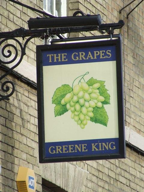 The Grapes pub sign