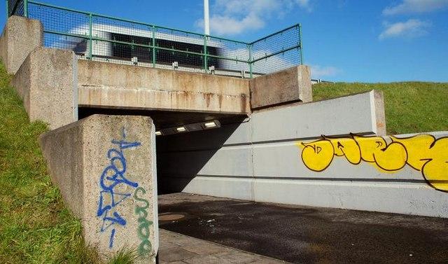 Cycle paths, Tillysburn (4)