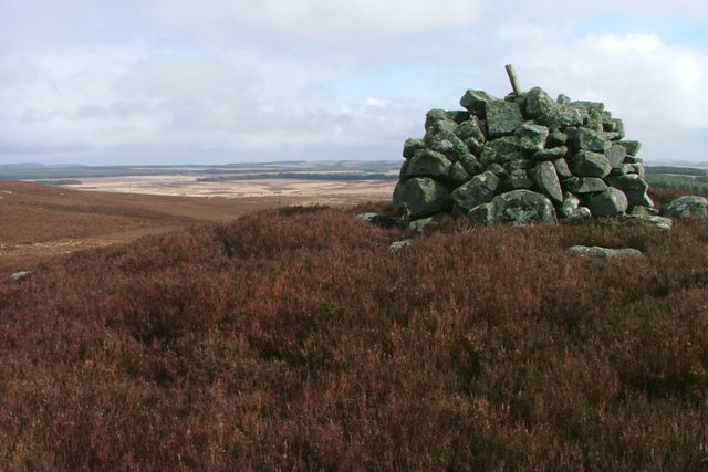 Cairn Near Long Crag