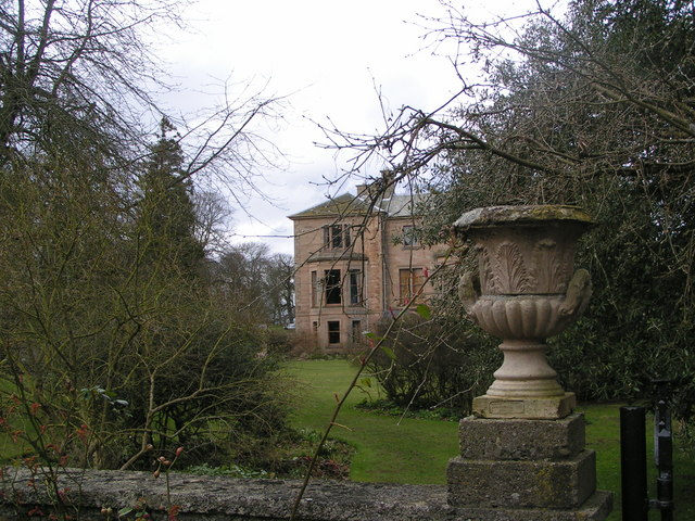 Cambo house and gardens