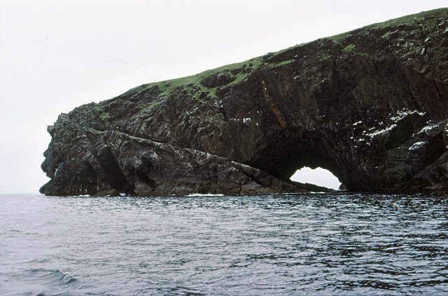 The arch at  Gob na h-Airde viewed from Glen Bay