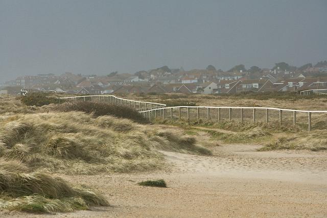 Sand dunes and fencing near Hengistbury Head car park