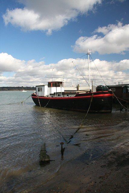Boat moored at Pin Mill